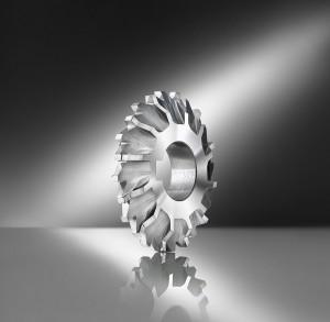 Profiled alternating cutter