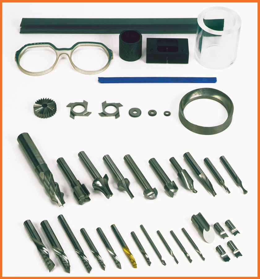 Plásticos, gomas, compuestos sintéticos y gafas